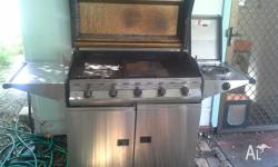 Stainless Steel 5 Burner BBQ. Works well - it is just