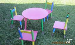 THIS 5 PIECE TODDLERS PENCIL TABLE AND CHAIRS SETTING