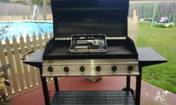 6 burner bbq with hood ,three solid hot plates, comes