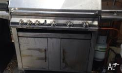 6 Burners BBQ with Gas bottle, can delivery at extra