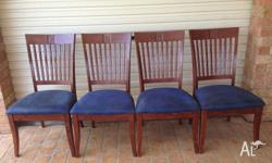 Large 7 piece dinning set, in good condition. It has a