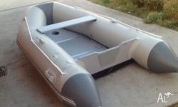 For sale rubber zodiac used once new condition come,s