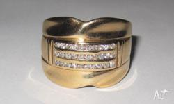 Cast yellow gold diamond ring with a 0.6mm shank