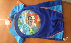 A unisex swimsuit size 3-4 yrs. This swimsuit has