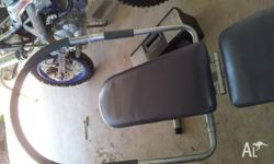 Abdominal exerxise machine, excellent condition, good