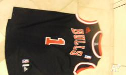 Adidas Chicago Bulls Jersey size XL sell for $25 Rose