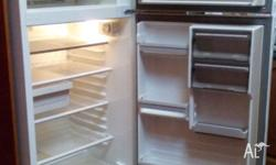 Admiral 410L frost free - top mount fridge in excellent