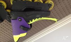 These rollerblades are ladies size 7 - 8. They are in