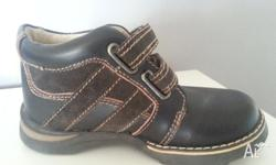 Airflex Boys Ankle Boot. Size 11. Brown Leather.