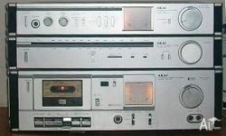 AKAI Stereo Cassette Deck: High Definition - Dolby NR