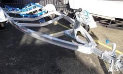 Stacer aluminium V-Loader boat trailer to suit up to