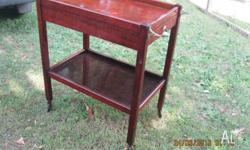 Beautiful Vintage Tea Trolley. Has draw which opens on