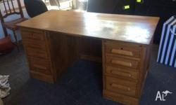 Stunning antique American oak desk - 8 drawer with side