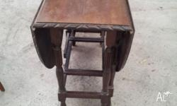 Antique Dropleaf Folding Dining Table Good condition,