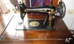 Antique SINGER sewing machine,fantastic condition for