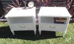 VINTAGE ANTIQUE SHABBY CHIC BEDSIDE TABLES X 2 LOVELY