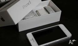 New Unlocked Apple iphone 5 32GB sealed in Box with