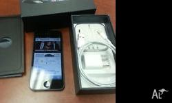 Apple iPhone 5 64GB White & Black Package content 1