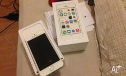 Apple iPhone 5s 32gb white/gold on 3 warranty till jan