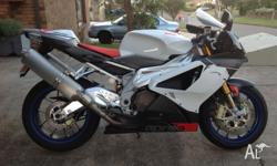 2006 Aprilia RSV 1000R - ONLY 2,906 kms (YES 2,906 kms)