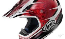 HI THERE I AM SELING ARAI VXPRO 3 IN VGC ONLY WORN 2