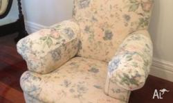 Compfy old style antique armchair in very good