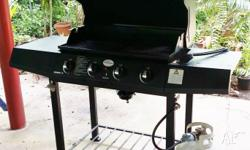 4 burner BBQ with hood and cast iron plates with GAS