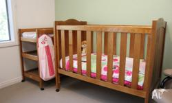 Australiana Heirloom Collection Cot and Change Table,