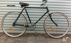 Up for sale is an awesome Avon Cycles mens cruiser