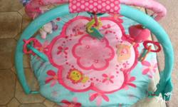 This babies play mat is second hand but is in exellent