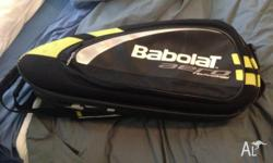 Great raquet bag, in near perfect condiiton. Retails