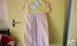 Baby girl bedding set, which has a nappy bag, sheet and