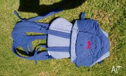Front baby carrier - Snugli brand. Easy to use. Wear