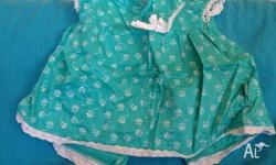 Pumpkin Patch 6-12 month turquoise with white flower