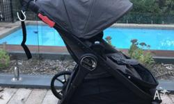 Baby Jogger city premier. Hardly used and like new. Was