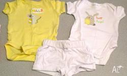 HI I AM SELLING BABY UNISEX 0-3 MONTHS CLOTHES IN GOOD