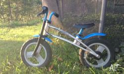 Used JD bug balance bike. Good condition. Used by one