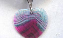 (163) This beautiful dragon veins banded agate pendant