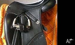 Bates Isabel Werth dressage saddle 17�, Black, with