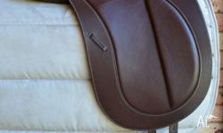 "16.5"" Bates Precieux Brown Dressage/Show saddle in near"