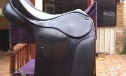 Black Bates show saddle for sale Great condition used 2