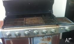 BBQ 6 BURNER WITH WOK BURNER ALL WORKS WELL(