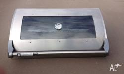 2nd hand BBQ Hood in good condition suit 4 burner.