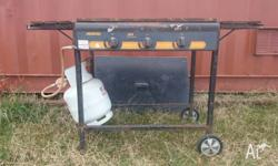Jackaroo 3x burner flat hot plate bbq. - frame and