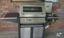 BBQ rotisserie + side burner. 5 y/o hardly used, in