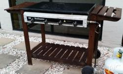 Beefmaster 4-burner BBQ set for sale. All burners are