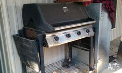 bbq with lid and sides needs a dust off worked well