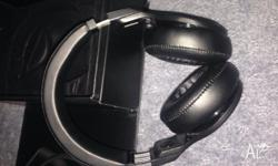 Beats pro black, good condition works fine Reason for