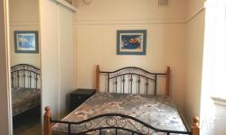 PERFECT LOCATION 2 MINUTES WALK FROM CENTER OF BONDI
