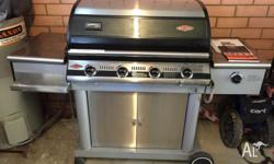 Beef Eater BBQ $375 Include Manual Guide Books 4 burner